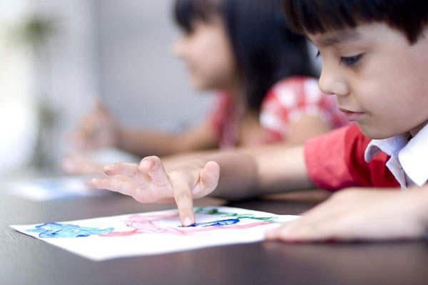 二、新教育实验研究的核心追求与主张