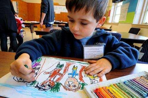 立博乐控股认为:想象力和创造力对于孩子是那么的重要